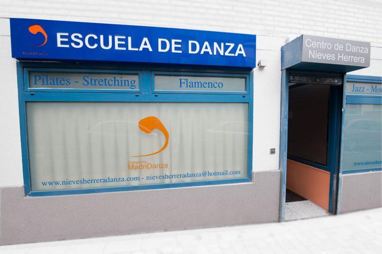 ESCUELA DE DANZA NIEVES HERRERA